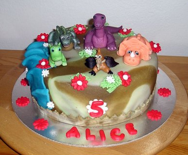 FOTKA - dort-země dinosaurů