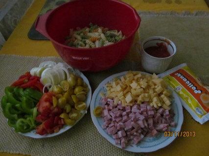 FOTKA - Těstovinový salát.