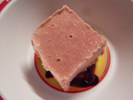 FOTKA - Jahodová zmrzlina.