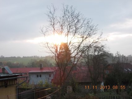 FOTKA - 13.11. - 10.11 - 8 - sluníčko se dere mezi mraky
