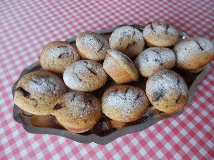 FOTKA - jogurtové muffiny s čokoládovými kousky