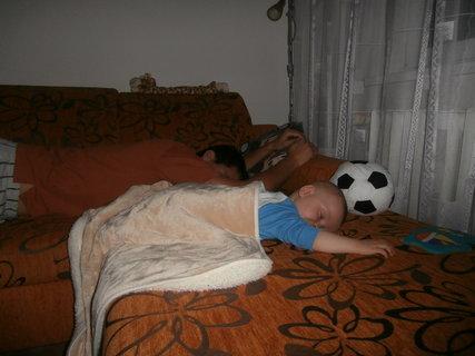 FOTKA - spíme..