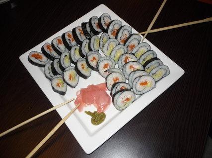 FOTKA - Dělaly jsme sushi