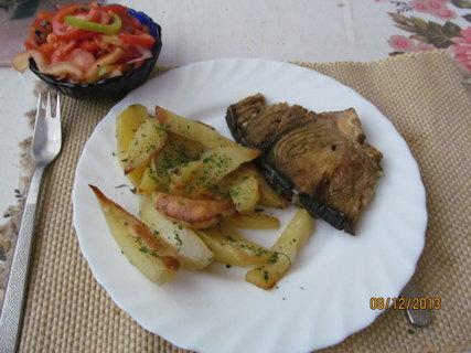 FOTKA - Žraločí steak a pečené brambory