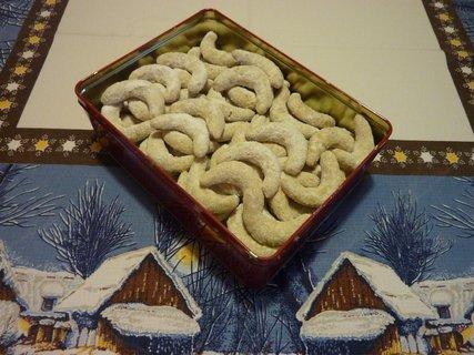 FOTKA - Ořechovovanilkové rohlíčky