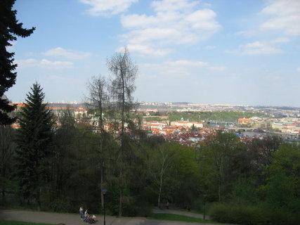 FOTKA - Na Petříně v dubnu 15