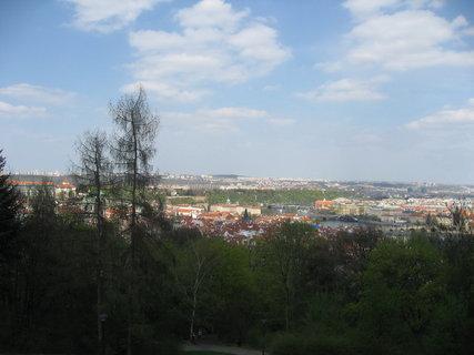 FOTKA - Na Petříně v dubnu 25