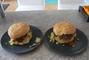 Večeře-hamburgery