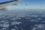 pohled z letadla na zasněženou přírodu