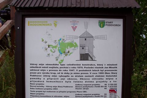 FOTKA - Větrný mlýn St.Poddvorov, Hodonínsko   1)