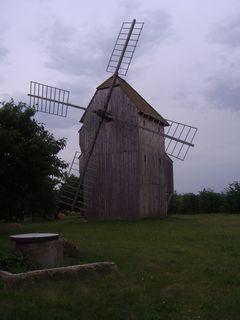 FOTKA - větrný mlýn Starý Poddvorov, Hodonínsko  2)