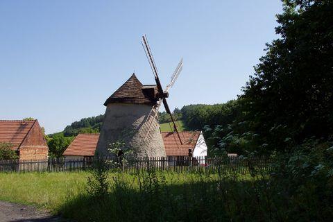 FOTKA - větrný mlýn Kuželov