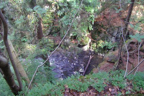 FOTKA - řeka Doubrava - pohled do údolí