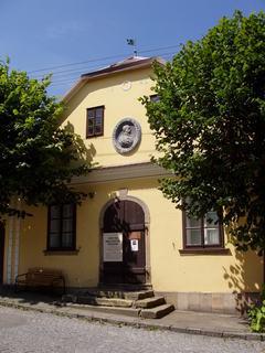 FOTKA - rod.domek K.H.Borovského - 1) /Havlíčkova Borová/