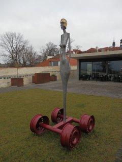 FOTKA - zajímavé plastiky na Bastionu Novoměstských hradeb  (Praha)