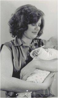 FOTKA - já v 19 letech s prvorozeným synkem