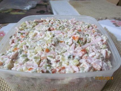 FOTKA - Domácí vlašský salát