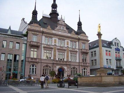 FOTKA - Turnov budova na náměstí