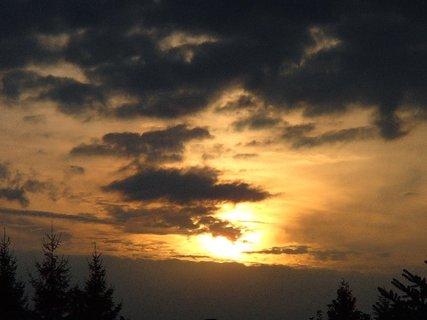 FOTKA - slnko sa chystá na spánok