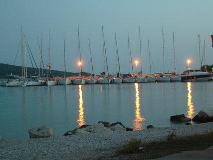FOTKA - Podvečerní přístav