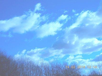 FOTKA - vítr hnal mraky