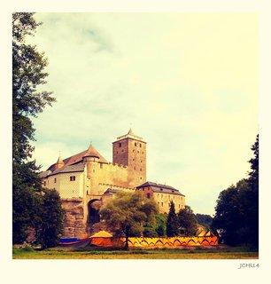 FOTKA - v letošním roce je 750. výročí  hradu KOST