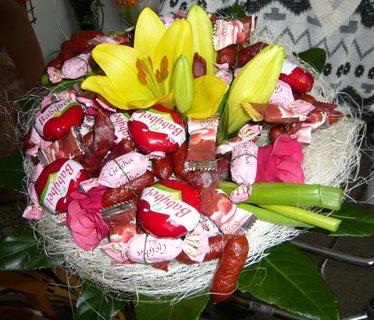 FOTKA - poživatelná kytice....maminka měla narozeniny.
