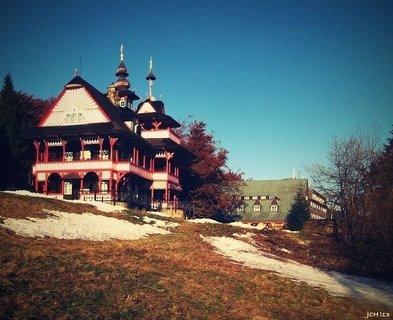 FOTKA - ..chata Maměnka na Pustevnách bude nyní opuštěná