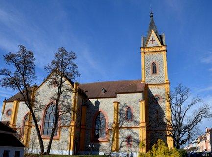 FOTKA - Kostel- Hluboká