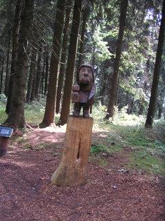 FOTKA - Dřevěná socha