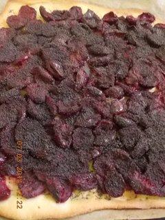FOTKA - koláč se švestkama a mákem upečný