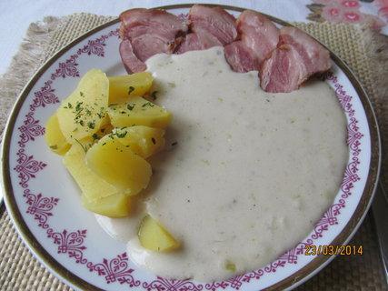 FOTKA - Česneková, s bramborem a uzeným masem