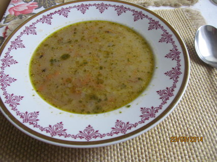 FOTKA - Polévka kvasnicová s vločkami