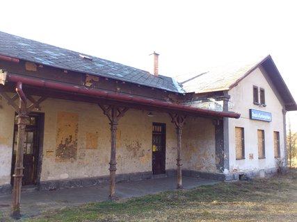 FOTKA - Doubí u KV - spustlé nádraží