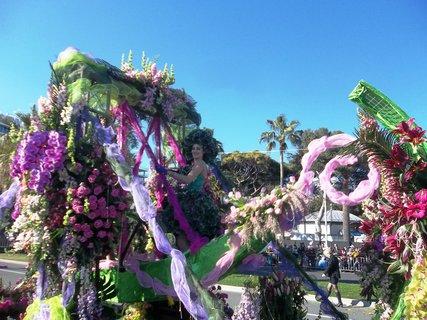 FOTKA - Nice ... květinový průvod