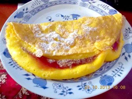 FOTKA - vaječná omeleta s marmeládou