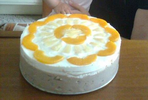 FOTKA - Tvarohový dort s broskvemi