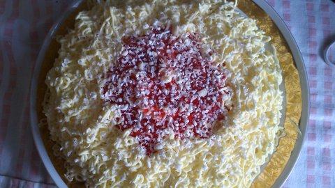 FOTKA - sladký špagetový dort