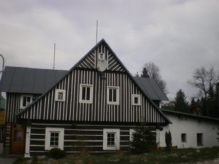 FOTKA - Pěkná krkonošská staveníčka