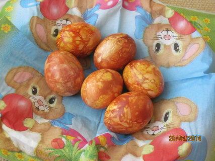 FOTKA - Mramorová vejce v cibulových slupkách