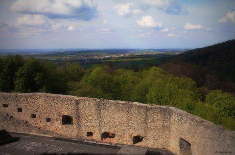 FOTKA - výhled do krajiny z hradu Hukvaldy ♥