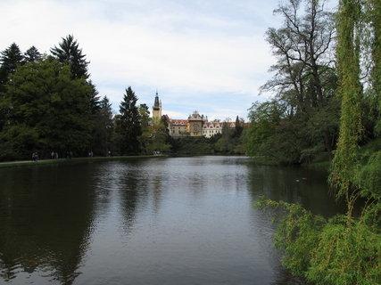 FOTKA - Průhonický park  láká  na jarní procházku