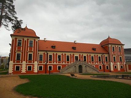 FOTKA - Zámek Ostrov..knihovna