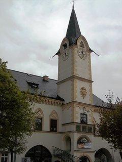 FOTKA - Ostrov nad Ohří..náměstí..krásná radnice