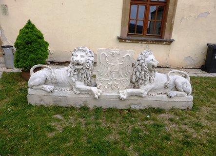 FOTKA - Lvi s erbem