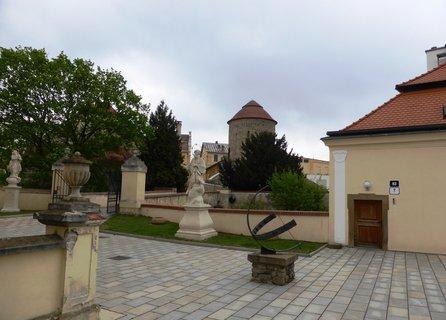 FOTKA - Na nádvoří Znojemského hradu