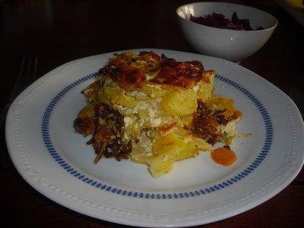 FOTKA - zapečené brambory s cuketou a mrkví