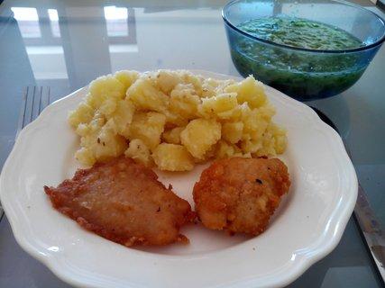 FOTKA - kuřecí řízečky a brambory