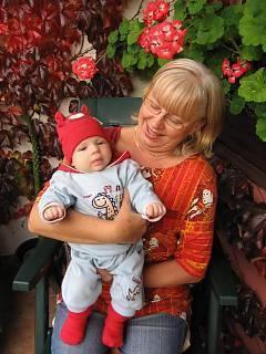 FOTKA - Babča s vnučkou