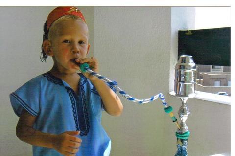 FOTKA - Takhle se kouří vodní dýmka